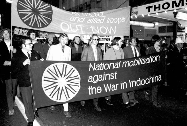 An anti-Vietnam War protest march through central Wellington. This particular protest was part of a national anti-war 'mobilisation' held on 30 April 1971.